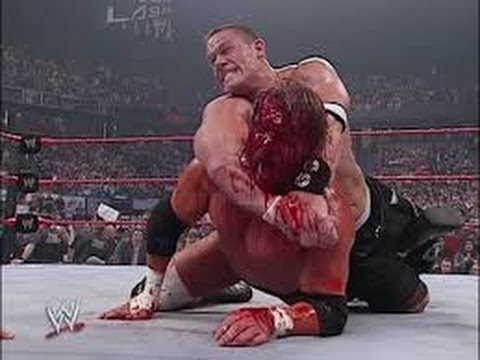 Photo of John Cena Vs Tripal H At Wrestlmania 2006