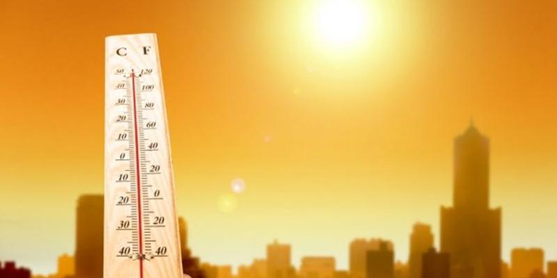Photo of سورج آگ برسانے لگا، پاکستان کے اہم ترین شہر میں پارہ 43سینٹی گریڈ،تک پہنچ گیا، ہسپتالوں میں الرٹ، درجہ حرارت ابھی کہاں تک جائیگا، کتنے دن سخت گرمی رہے گی ؟انتباہ جاری کر دیا گیا