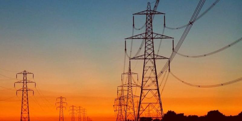 Photo of اسلام آباد اور راولپنڈی کے بیشتر علاقوں میں بجلی کا طویل بریک ڈاؤن ،گرمی سے روزے دار شدید پریشان