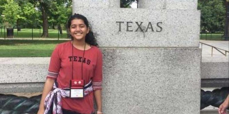 Photo of وہ چھوٹی سی عمر میں بڑی بڑی باتیں کرتی تھی'' امریکہ کے سکول میں فائرنگ کے واقعہ میں پاکستانی طالبہ بھی جاں بحق حملہ آور نے کیسے اور کہاں نشانہ بنایا؟بیٹی کی موت کی خبر والدین پر بجلی بن کر ٹوٹ پڑی