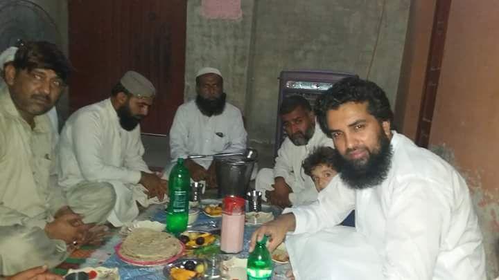 Photo of رانا اورنگزیب کی افطاری اجمل ملانہ، مولانا رفیق ہزاروی کے ساتھ
