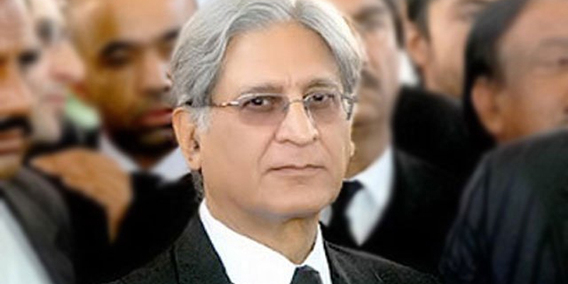 Photo of عام انتخابات، پنجاب میں کون زیادہ نشستیں لے گا؟ مسلم لیگ (ن) یا تحریک انصاف؟ اعتزاز احسن نے پہلے ہی نتیجے کا اعلان کر دیا، بڑی پیش گوئی کر دی