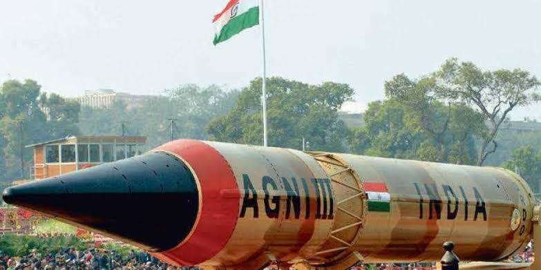 Photo of اگنی ون اور ٹو کے بعد بھارت کا اگنی 3 میزائل کا تجربہ بھی ناکام
